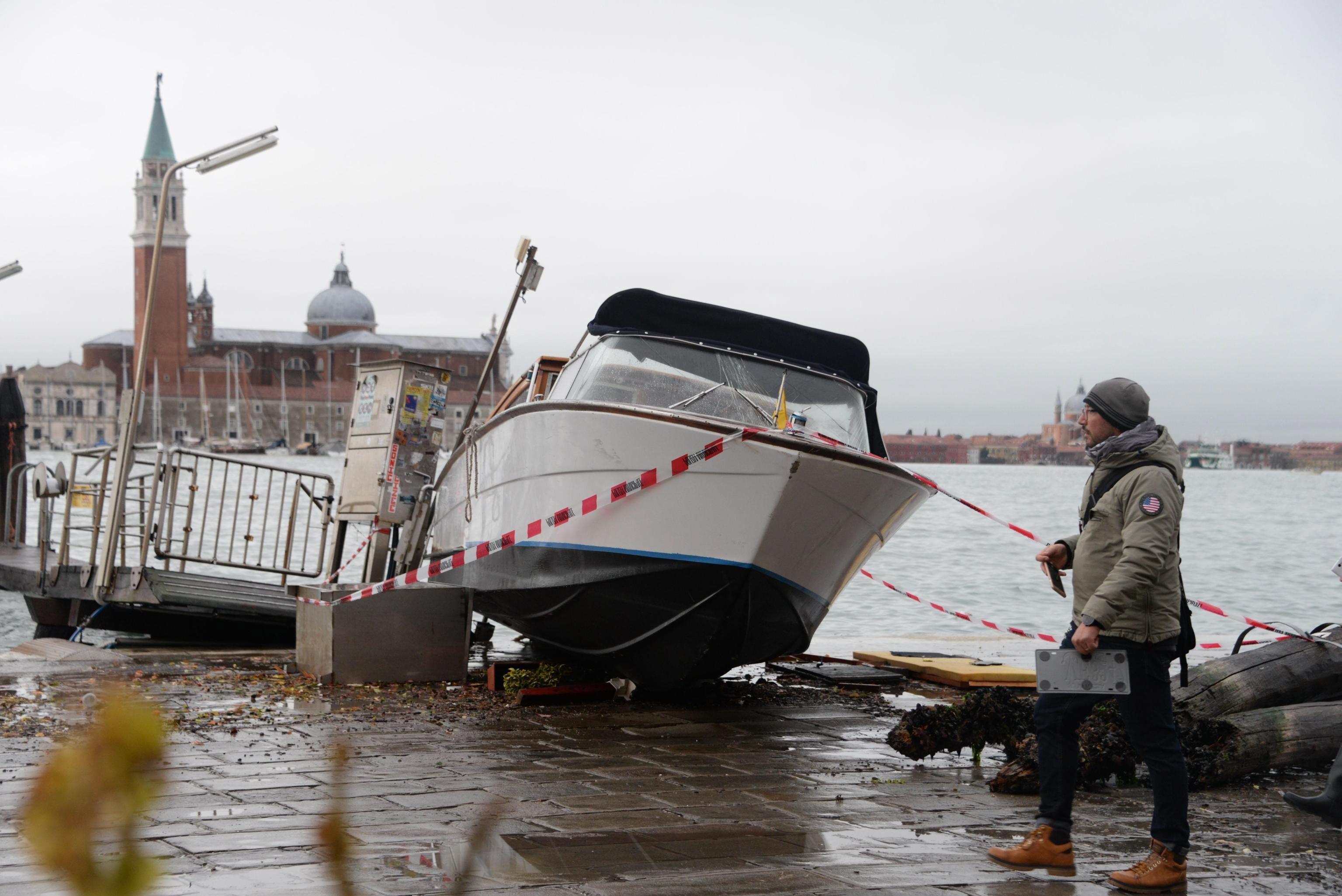 """El fenómeno """"aguas altas"""" inundó a Venecia. (Foto: EFE)"""