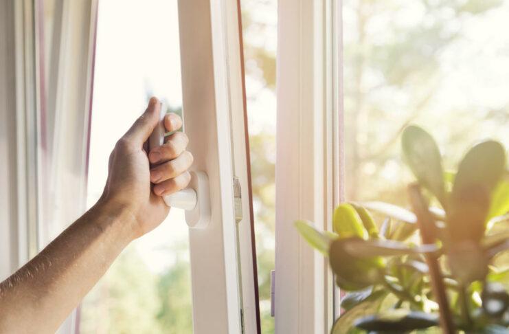 la-oms-recomienda-ventilacion-natural-frecuente-en-la-lucha-contra-la-pandemia-741x486