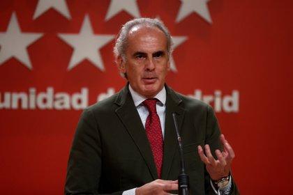 El consejero de Sanidad de la Comunidad de Madrid, Enrique Ruiz Escudero. EFE/Juanjo Martín